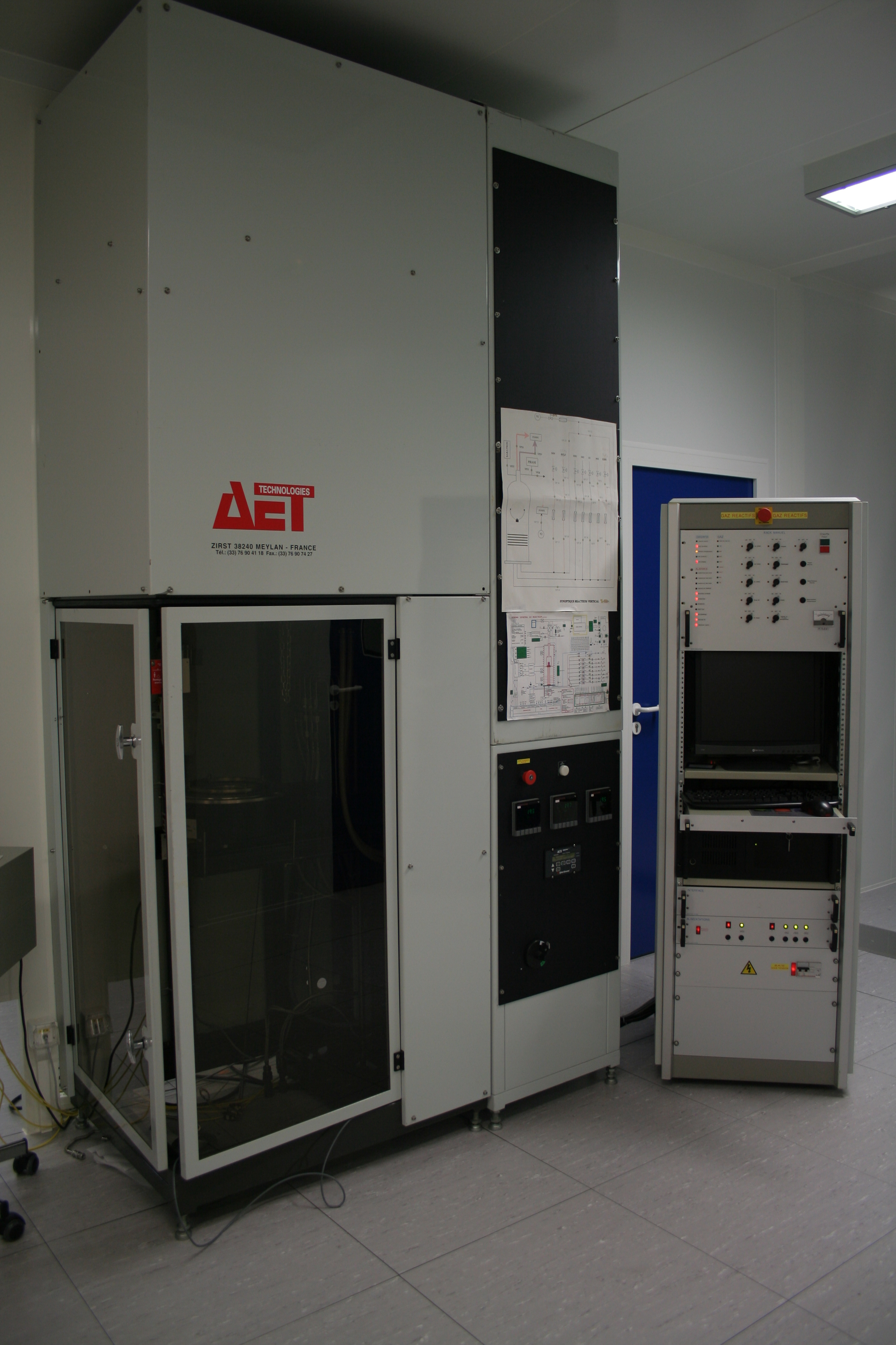 Picture of Four AET Reve (T- CVD)